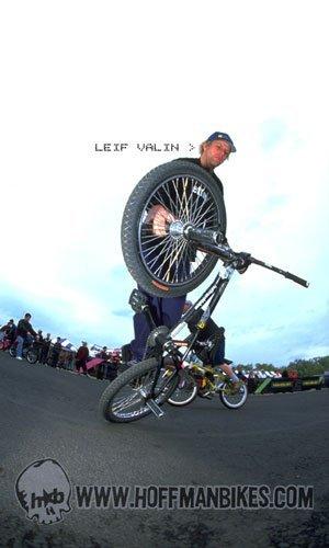 Leif Valin team Photo 2